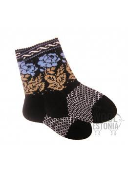 Socks with roses